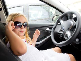 lekar i bilen