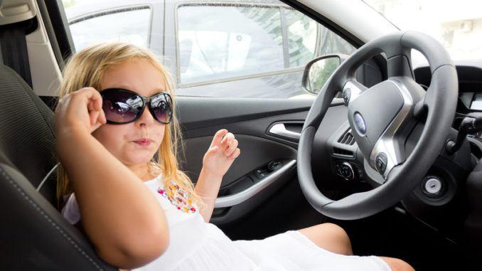 roliga lekar i bilen